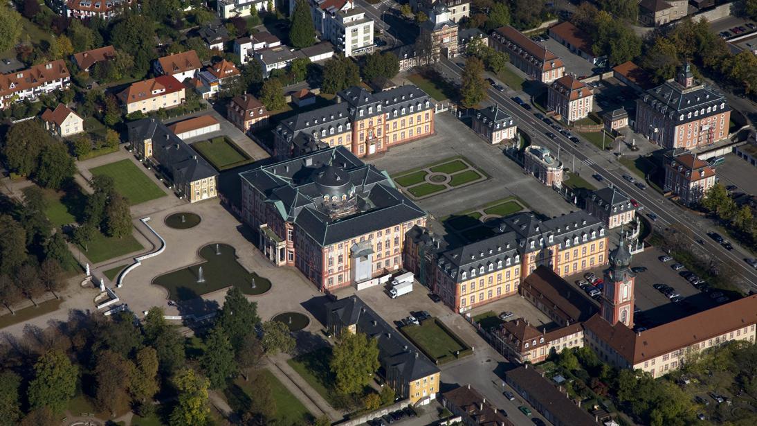 Luftansicht von Schloss Bruchsal; Foto: Staatliche Schlösser und Gärten Baden-Württemberg, Achim Mende