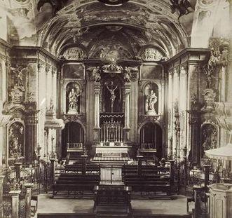 Historische Innenansicht mit Blick auf Chor der Hofkirche von Schloss Bruchsal, Foto um 1870