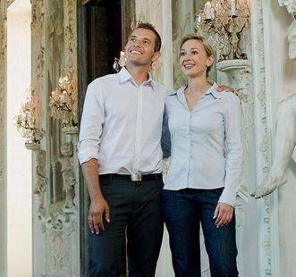 Besucherpaar im Schloss; Foto: Staatliche Schlösser und Gärten Baden-Württemberg, Niels Schubert