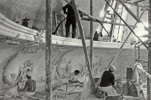 Restauratoren 1961 bei der Arbeit im Kuppelsaal