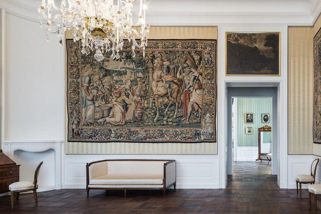 Schloss Bruchsal, Beletage, Appartement Amalie von Baden, Blick vom Wohnzimmer ins Schlafzimmer