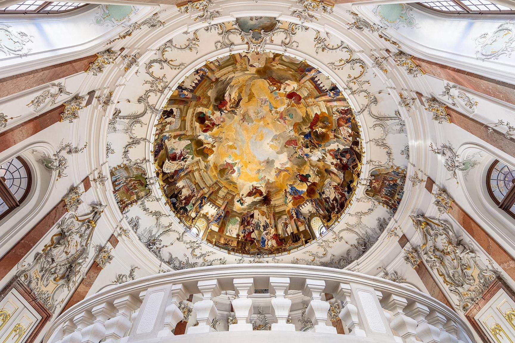 Bruchsal Palace, ceiling fresco; photo: Dr Manfred Schneider, Nußloch, www.manfred-schneider.de